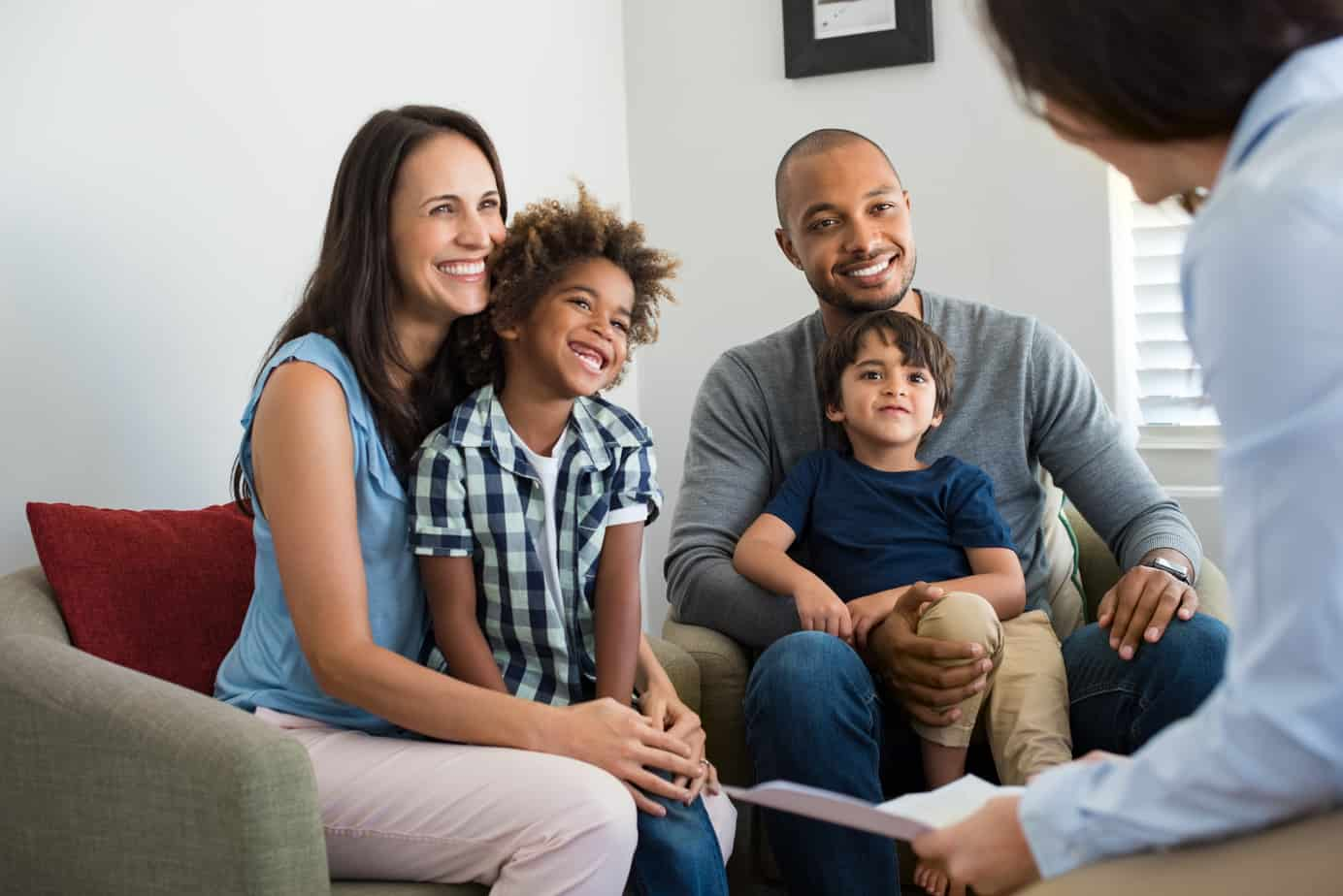 A Family smiling in EFT and EFFT Family Therapy In Las Vegas